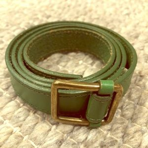 ☀️FREE! GAP Women's Green Leather Belt